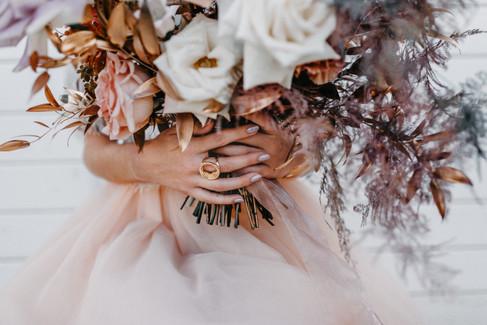 Small Boho Wedding | The Barn at Willow Brook, VIRGINIA / Styled Shoot