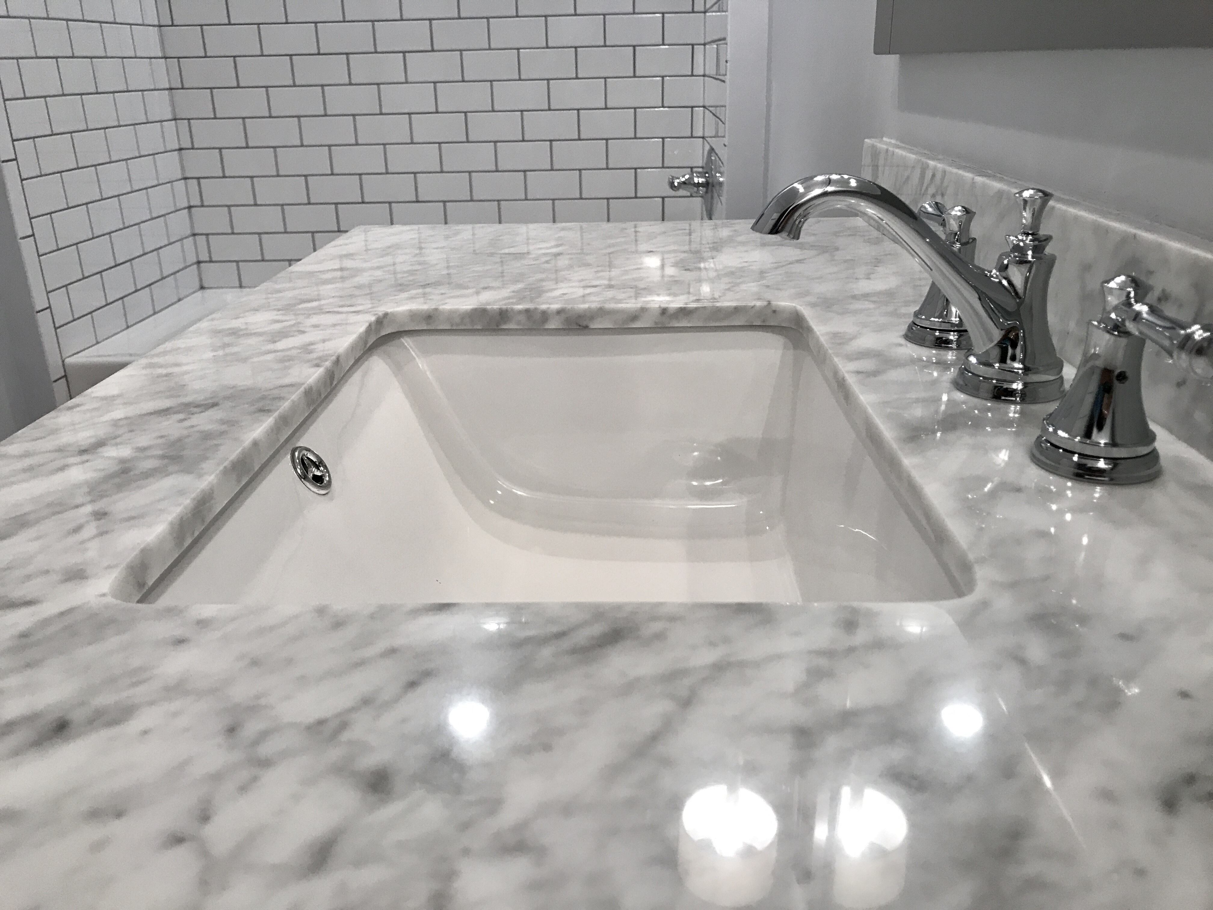 A top and faucet detail