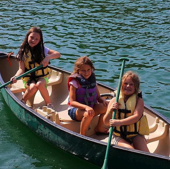 Glen Lake Camp & Retreat Center   Guest Retreats   Summer Camp   Central Texas   Christian Camp   Canoes   Children   Trek   Overnight Camp