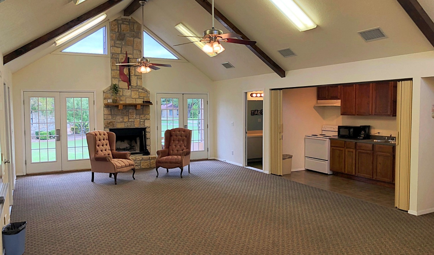 Middle Shared Space | Glen Lake Camp and Retreat Center