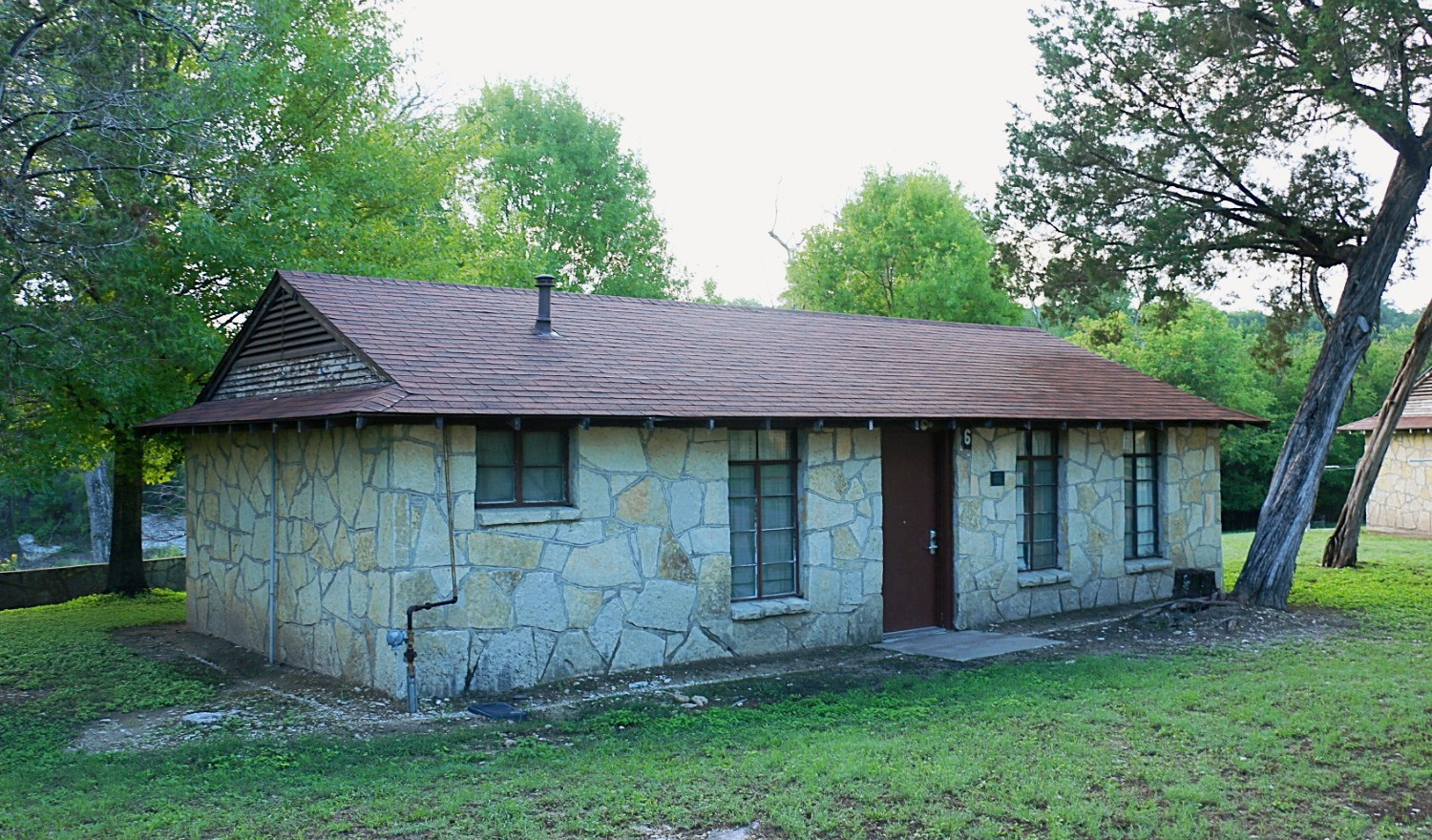 Standard Cabin | Glen Lake Camp and Retreat Center