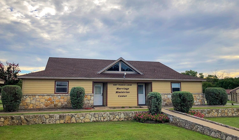 Hunt-Francis Lodge (MMC) | Glen Lake Camp and Retreat Center
