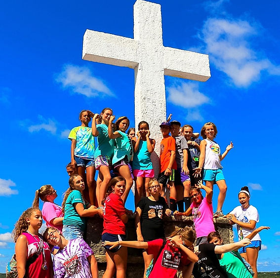 Glen Lake Camp & Retreat Center | Guest Retreats | Summer Camp | Central Texas | Christian Camp | Middle School | Hike to the Cross | Junior High