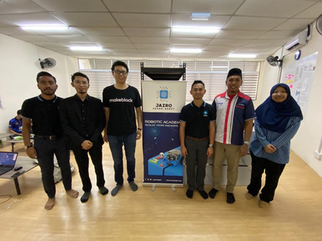 Lawatan Telaga Biru & Makeblock (China) ke JAZRO Robotic Academy