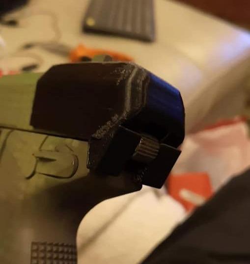 Hammer Shield 1