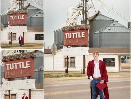 Senior Session 2021 - Tuttle, OK - Photos by Keshia