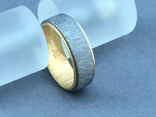 Deco Echo Two Tone Textured Band Ring