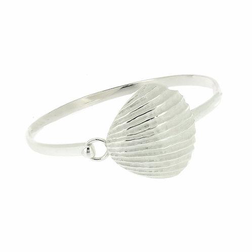 Nova silver Clam Shell Bangle