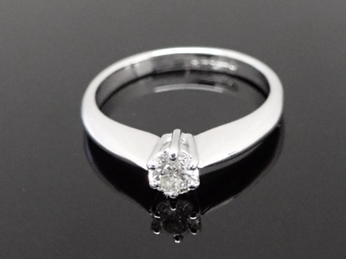 0.22ct Diamond Solitaire Ring - 18ct white gold