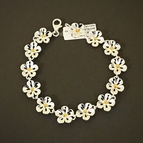 Daisy Lace Petal Bracelet - Sterling Silver with Gold Plate