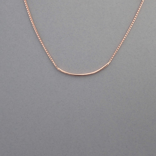 Bar front necklace