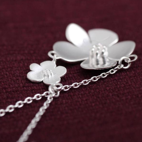 Flower Power Necklace - Sterling Silver