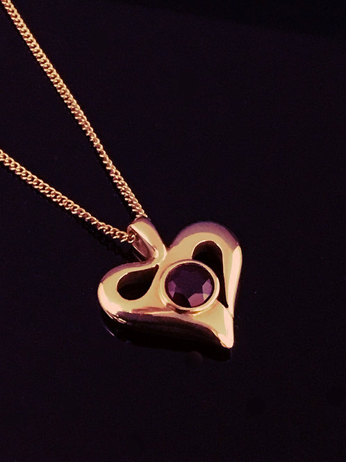 Heart Necklace - 18ct Gold Central Garnet