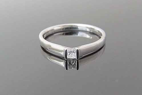 0.08cts Diamond Ring - 9ct White Gold