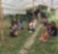 groepsfoto in de kas.jpg