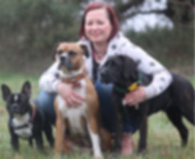 Bild Franzi mit Hundis.jpg