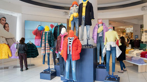 The downward spiral for mall brands?