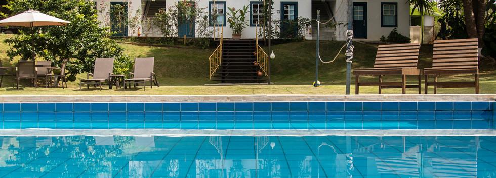 piscina p bl. Ouro.jpg