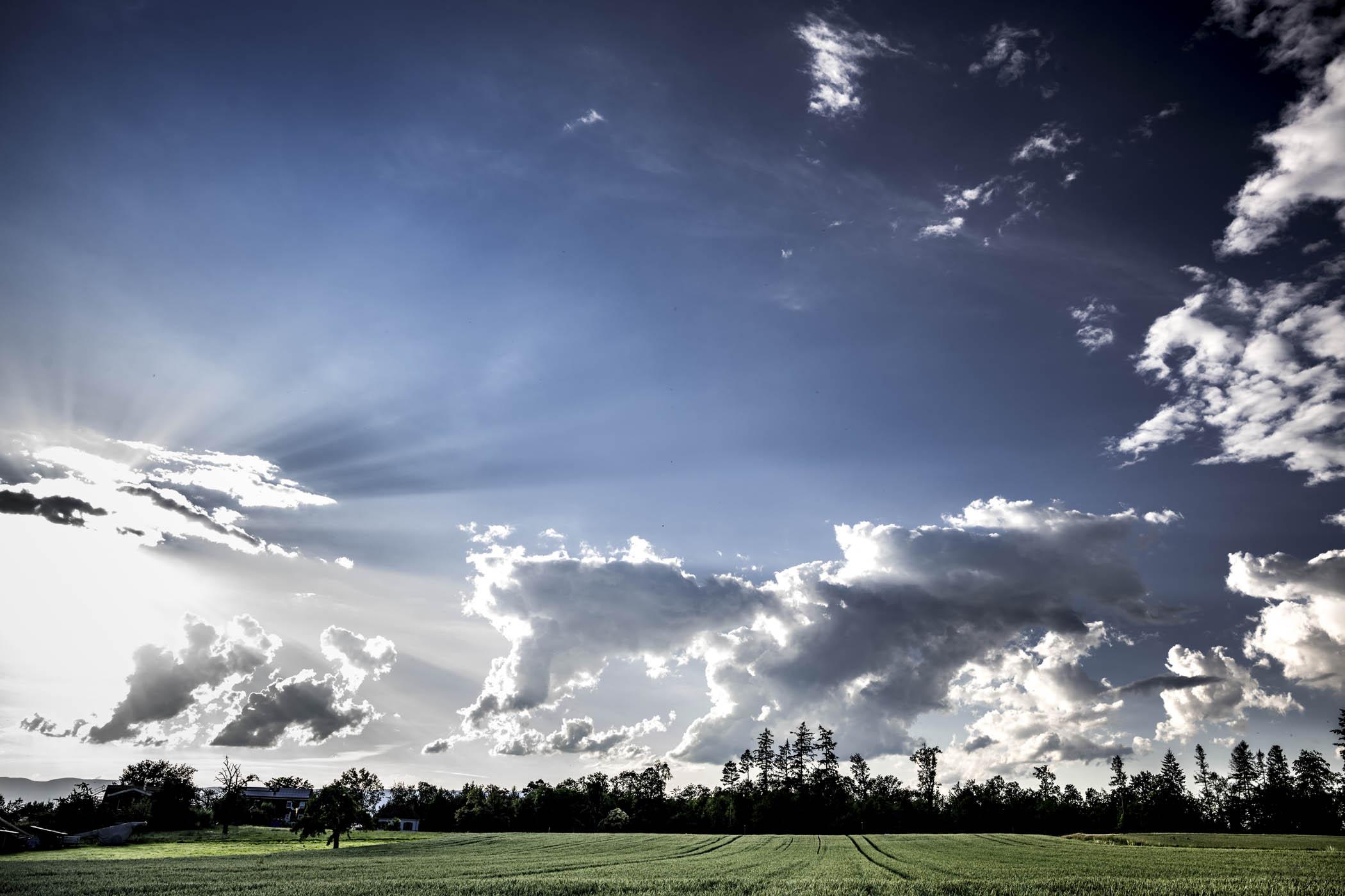 Les nuages dansent