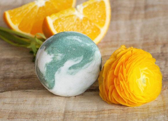 Tuhý šampon Ponio Pomeranč a eukalyptus