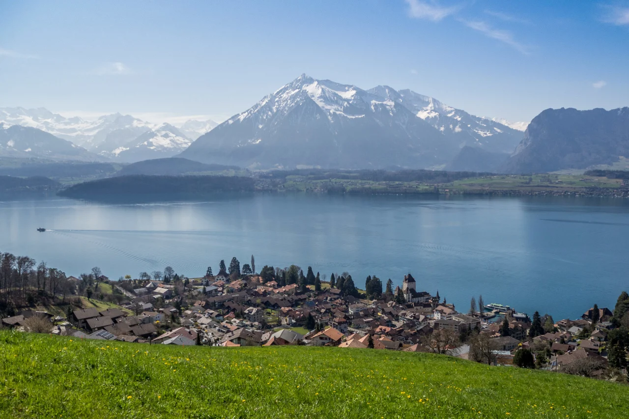 Panoramaweg-Thunersee-scaled.webp