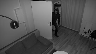 burglar-in-house-on-cctv-136428667012302