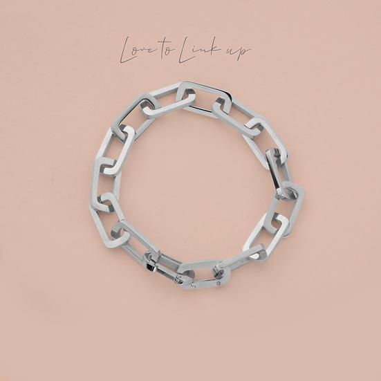 Figaro Link Bracelet
