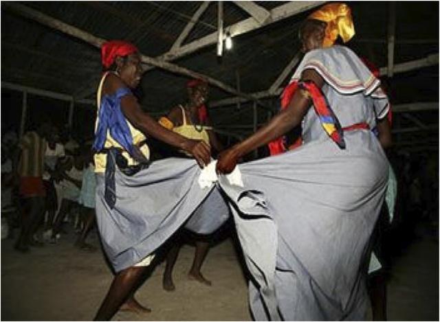 The dancing of AWOZAM is amazing!