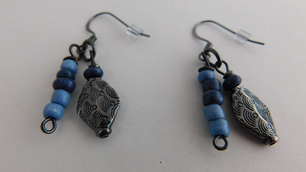 Blue/Navy & Pewter Color Bead Earrings