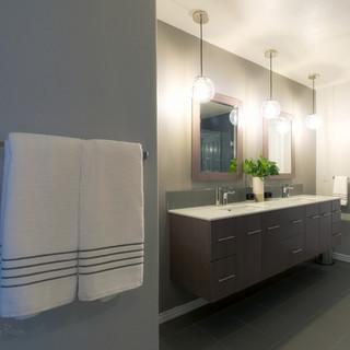 Master Bath-2.jpg