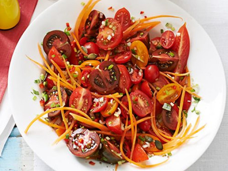 Late-Summer Tomato & Carrot Salad