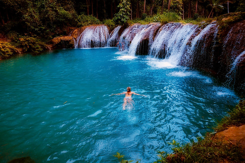 waterfall-2532661.jpg