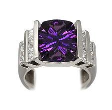 Amethyst, Pendants, necklaces, rings, earrings, Diamonds, 18kt Gold, Fine jewelry,