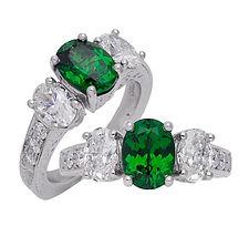 Garnet, Diamonds, 18kt Gold, Fine jewelry, Pendants, necklaces, rings, earrings, Diamonds,