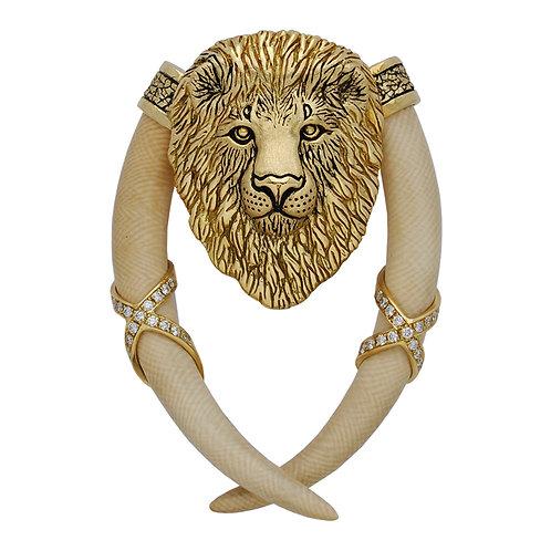 Lion Tusker