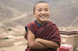 omf.color.tibetanbuddhistchild.eastasia.jpg