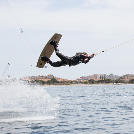 Anticonf - Swiss Made Wakeboards - Photo