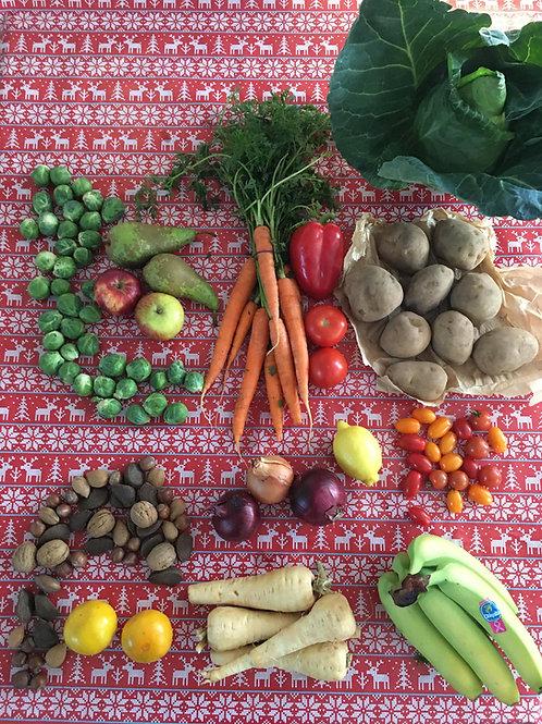 Small Christmas Veg-Fruit-Salad Box (2-4people)