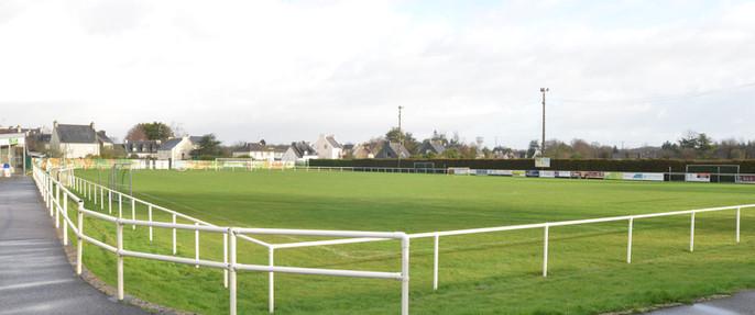 Stade Paul Thaëron