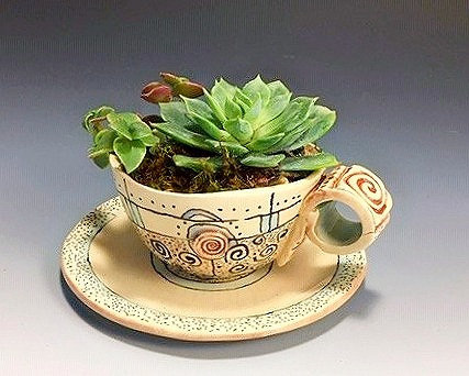Swirl Design Teacup Planter