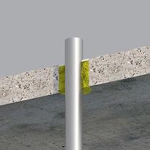 Acryl_betondæk_stålrør_bagstop.jpg