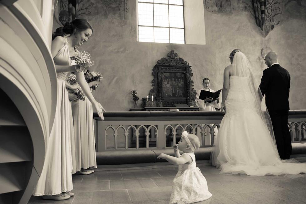 loimovuoriphotography-wedding-family.jpg