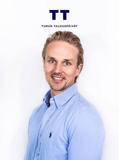 Antti-Jokela-1-1-1-1-1-1-1-768x960.jpg