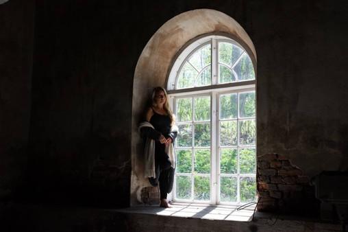 Loimovuoriphotography-places-ironworks-window