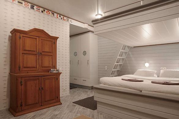 Villa Seaview-makuuhuone.jpg