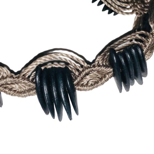 Black cantaloupe seeds macrame bracelet - brown thread