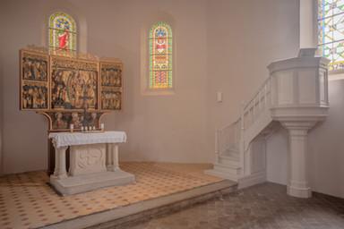 Chorraum mit Altar