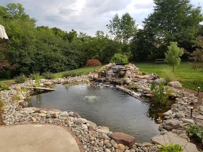 4,000 Gallon Pond Feature