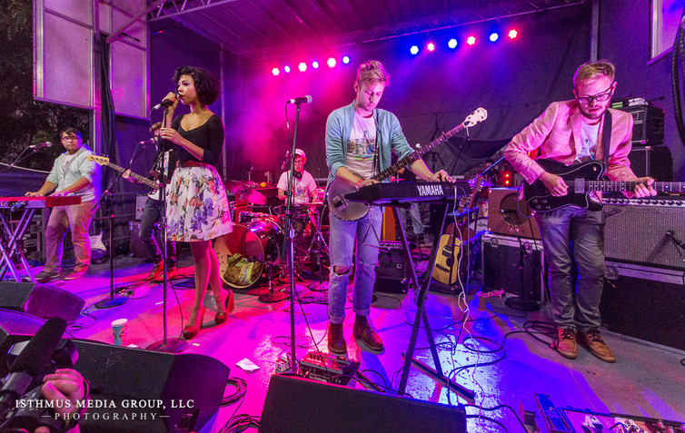 Phox Band Shoot at Live On King Street