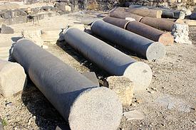 Israel Golan Sussita antike Kirche Säulen Erdbeben 749